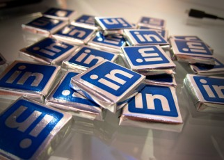 linkedin icons-tiles piled