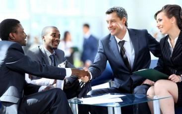 image-businessmen shaking hands